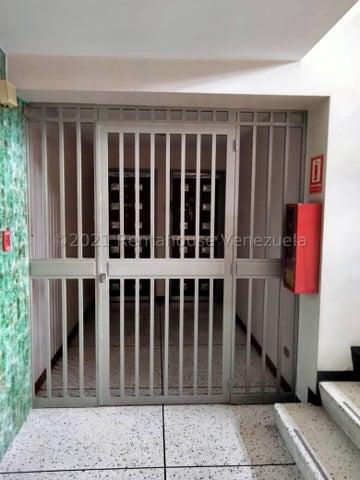 Apartamento Distrito Metropolitano>Caracas>Valle Abajo - Venta:43.000 Precio Referencial - codigo: 22-7481