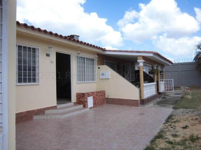 Casa Carabobo>Municipio San Diego>Los Jarales - Venta:21.000 Precio Referencial - codigo: 22-7477