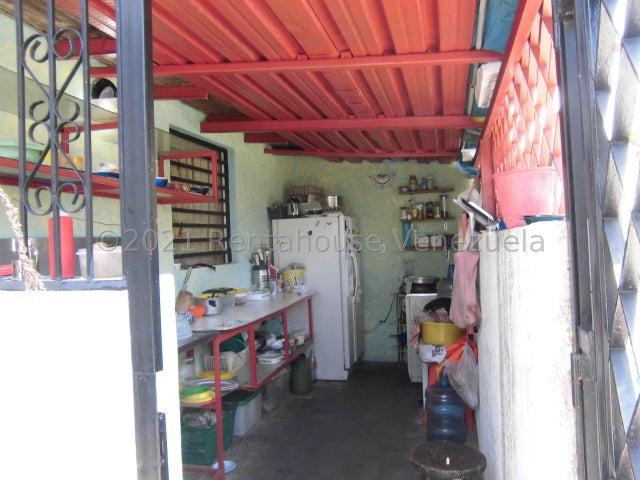 Local Comercial Carabobo>Valencia>Santa Cecilia - Venta:44.500 Precio Referencial - codigo: 22-7486