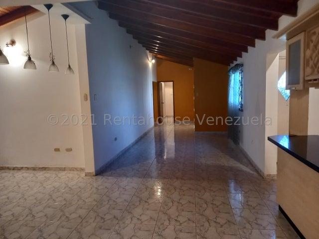 Casa Falcon>Punto Fijo>Dona Emilia - Venta:35.000 Precio Referencial - codigo: 22-7504