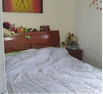 Apartamento Distrito Metropolitano>Caracas>Caricuao - Venta:19.000 Precio Referencial - codigo: 22-7496