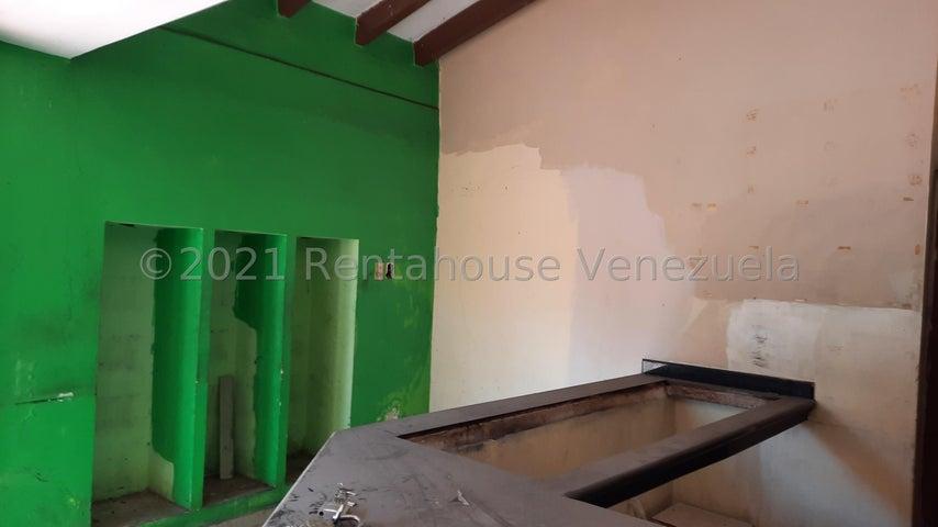 Local Comercial Zulia>Maracaibo>Tierra Negra - Alquiler:500 Precio Referencial - codigo: 22-7482