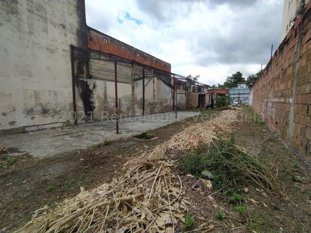 Terreno Aragua>Maracay>La Barraca - Venta:130.000 Precio Referencial - codigo: 22-7510