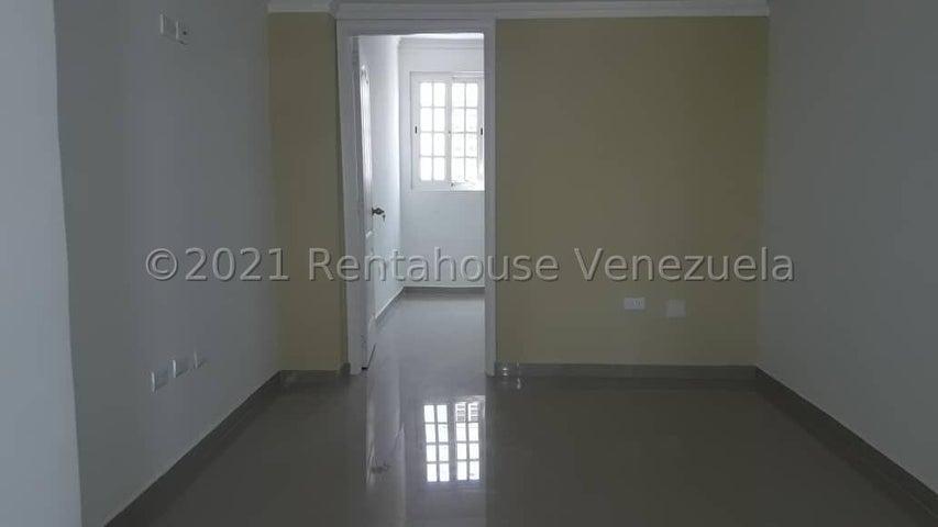 Townhouse Zulia>Maracaibo>El Milagro Norte - Alquiler:400 Precio Referencial - codigo: 22-7508