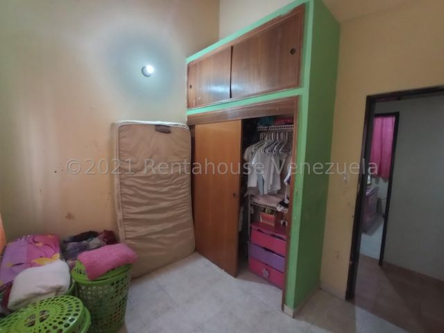 Casa Aragua>Turmero>La Fuente - Venta:21.500 Precio Referencial - codigo: 22-7525
