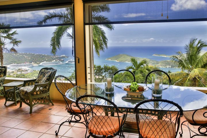 One of the Greatest Spots in the Caribbean!! The perfect setting for any meal.....