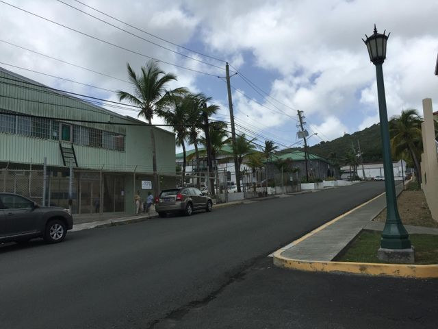 10,10a,11, Golden Rock CO, Christiansted,