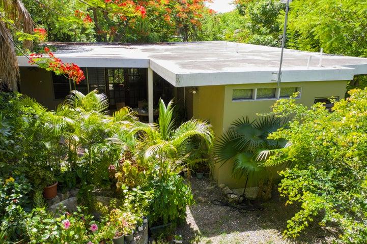 80-QA La Grande Prince CO, St. Croix,