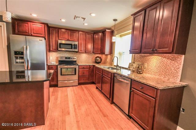 93 Maple St, 301, Glens Falls, NY 12801