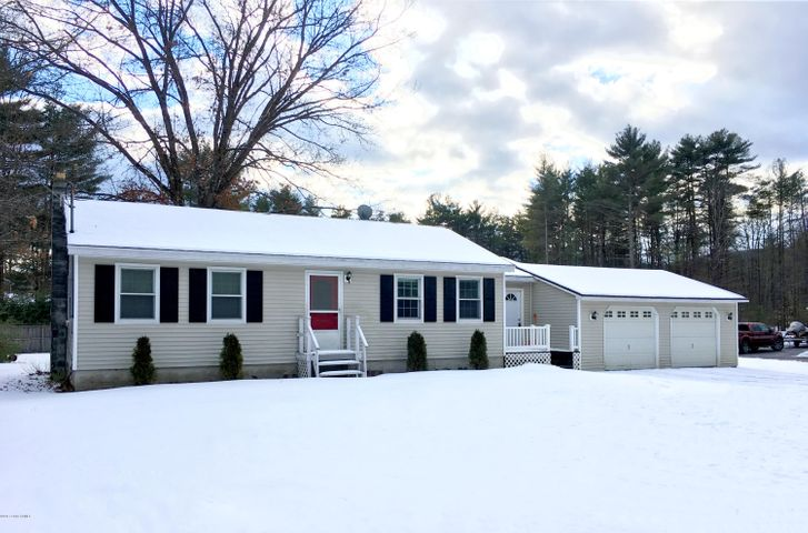 41 Peggy Ann Road, Queensbury, NY 12804