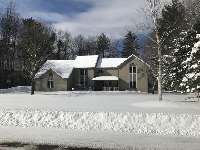 66 Sunset Trail, Queensbury, NY 12804
