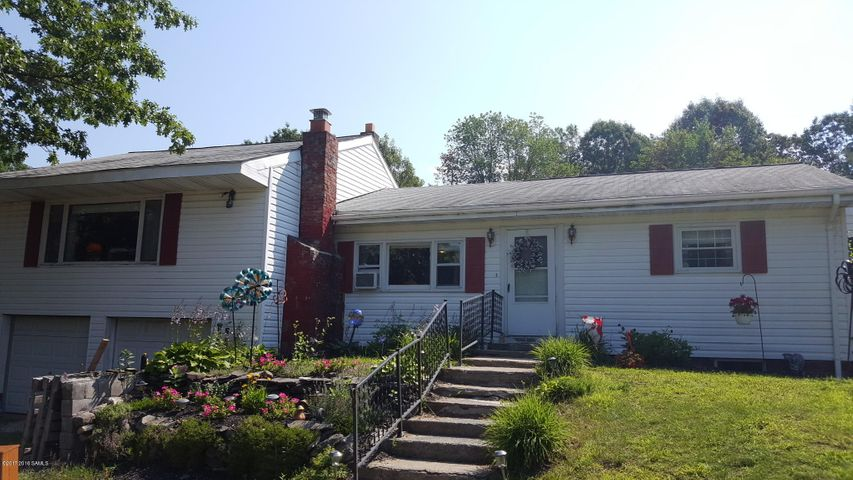 121 Edie Road, Saratoga Springs, NY 12866