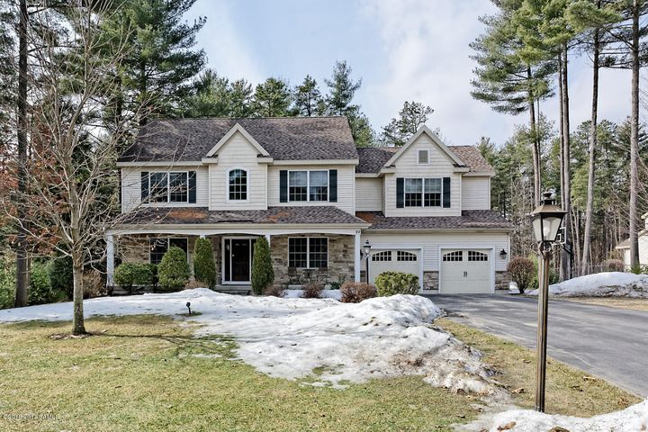 22 Essex Court, Queensbury, NY 12804