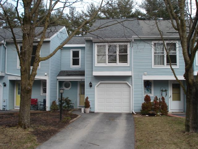 11 Old Mill Lane, Queensbury, NY 12804