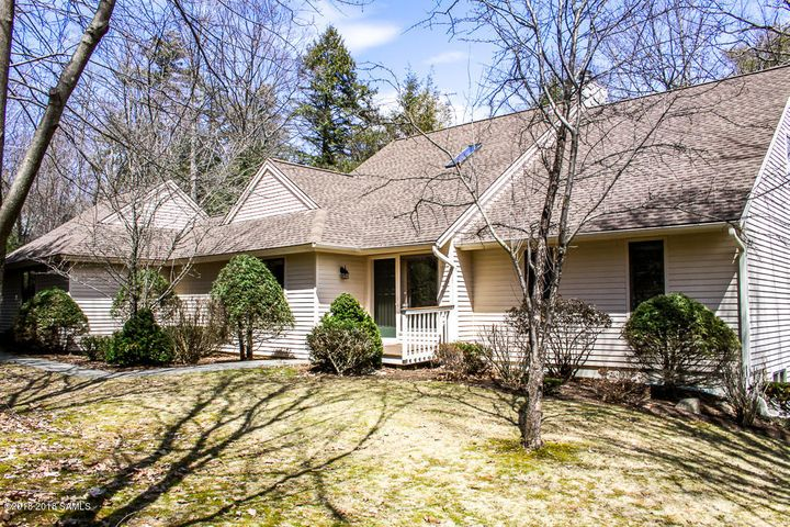 30 Green Harbour Place, Lake George, NY 12845