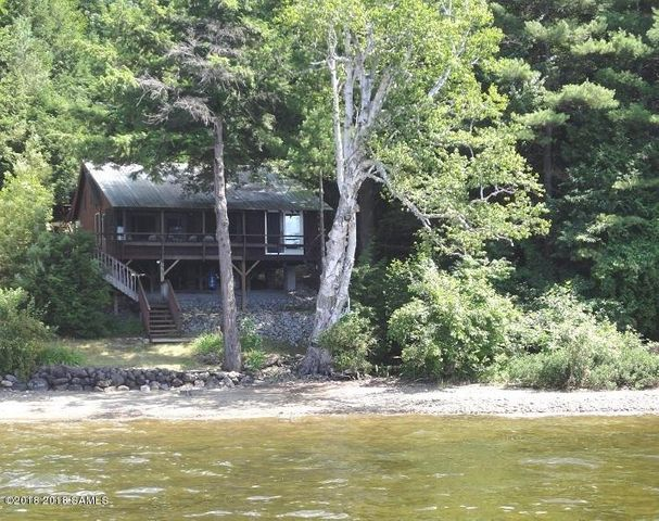 22 Blue Waters Way, Schroon, NY 12870