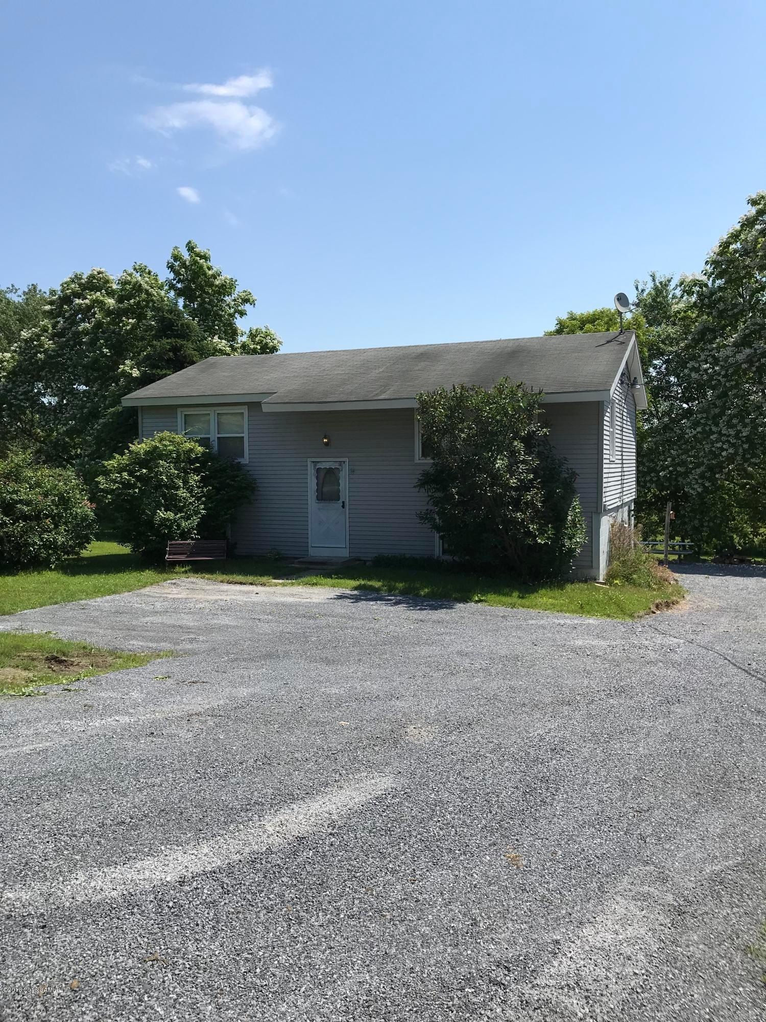 386 Gansevoort Road, Moreau, NY 12828
