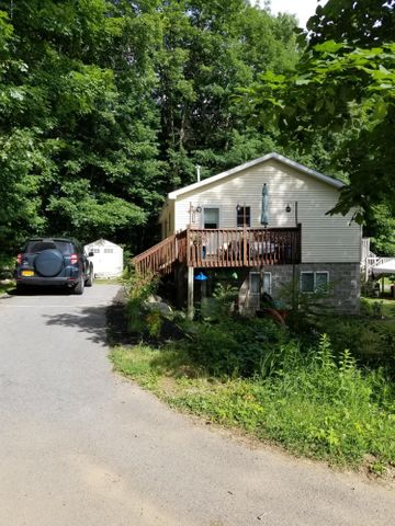 196 Middle Road, Lake George, NY 12845