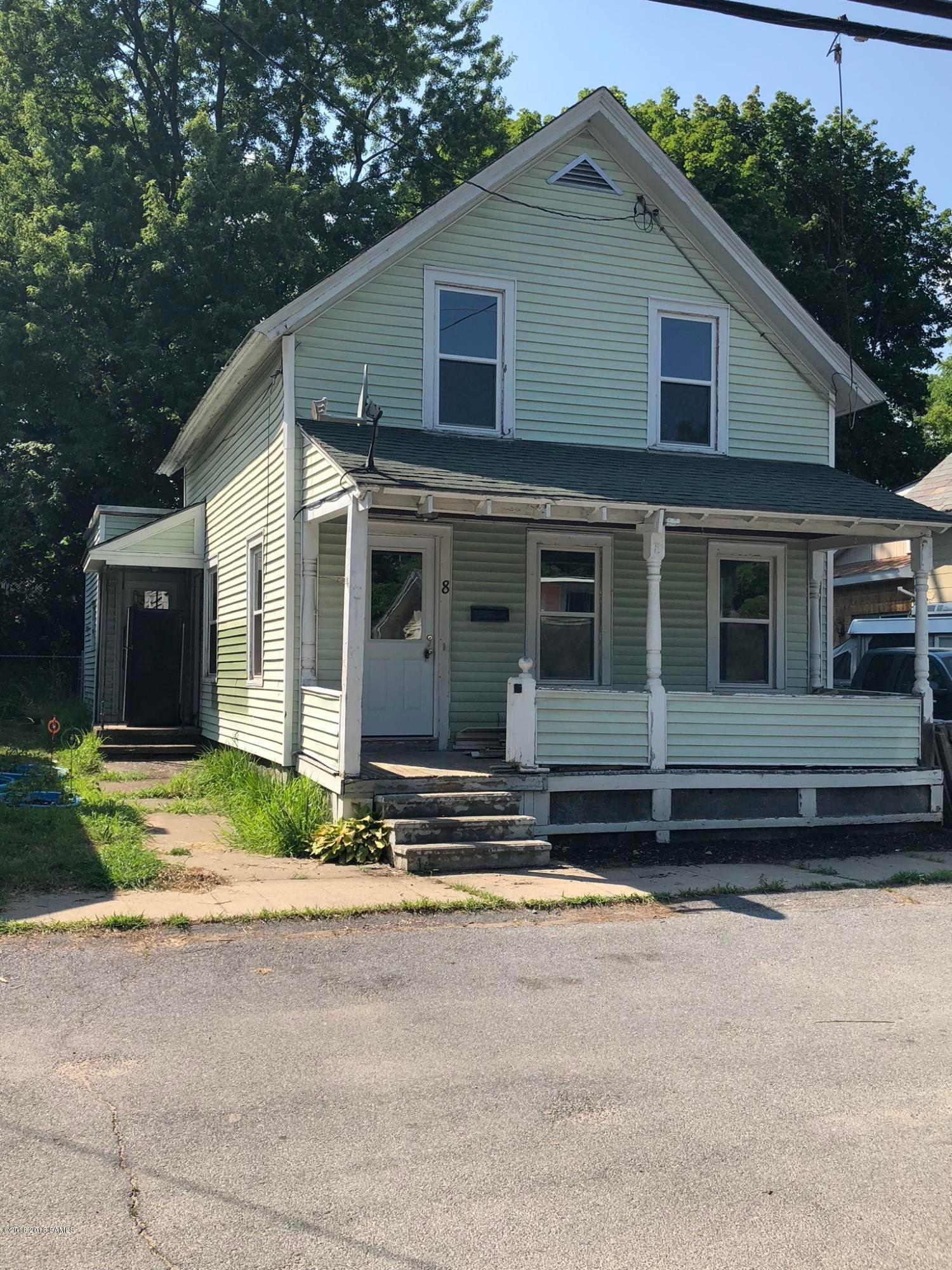 8 Hovey Street, Glens Falls, NY 12801