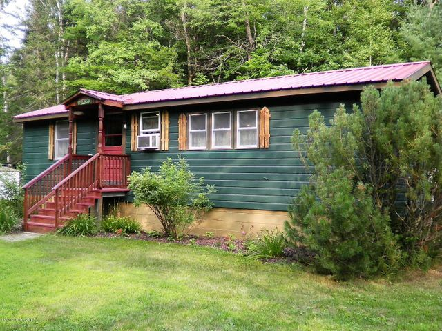 942 State Rte 28n, Chester, NY 12853