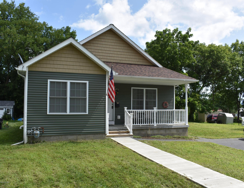 49 Peck Ave, Glens Falls, NY 12801