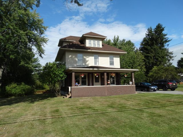 963 US Route 9, Schroon, NY 12870