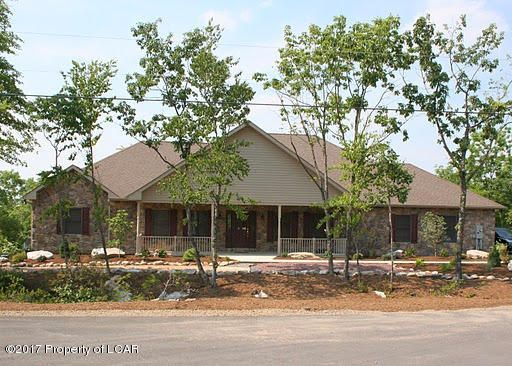24 BLACKHAWK Blvd, Hazleton, PA 18202