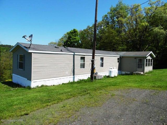 280 Faux Road, Wapwallopen, PA 18660