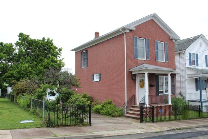52 Franklin St, Plymouth, PA 18651