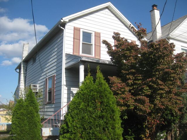 141 Casey Ave, Wilkes-Barre, PA 18702