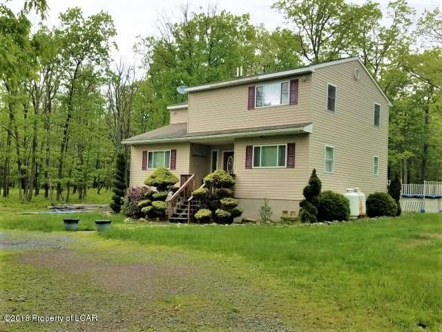 12 Summit Dr, White Haven, PA 18661