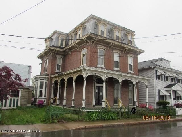 15 Gaylord Ave, Plymouth, PA 18651