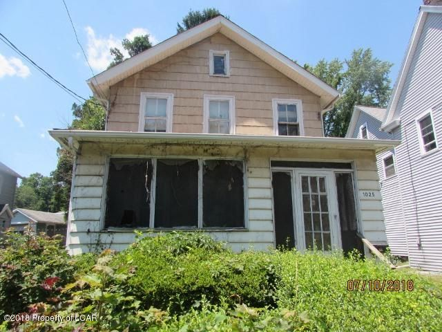 1025 Shoemaker Avenue, West Wyoming, PA 18644
