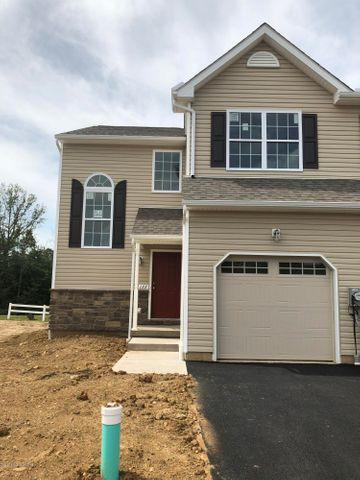 122 PLAYER COURT Drive, Drums, PA 18222
