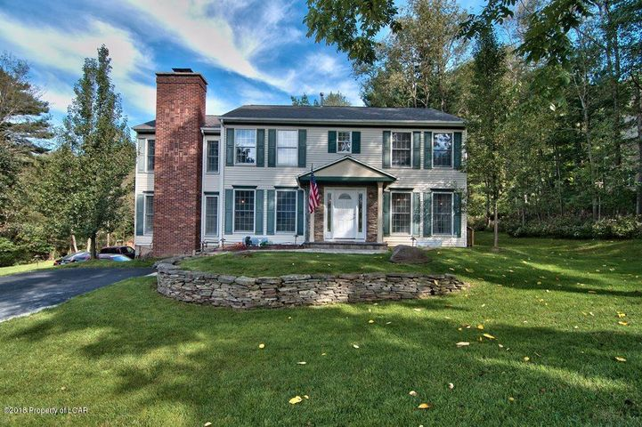 301 Blueberry Hill Rd, Shavertown, PA 18708