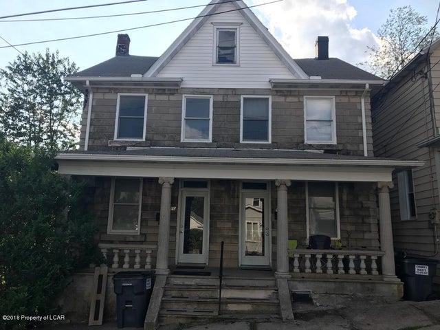 610 Vine St, Freeland, PA 18224