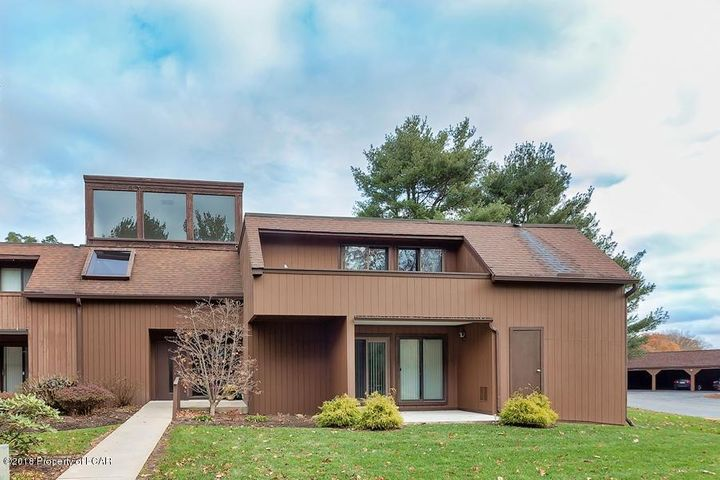 414 Orchard West, Dallas, PA 18612