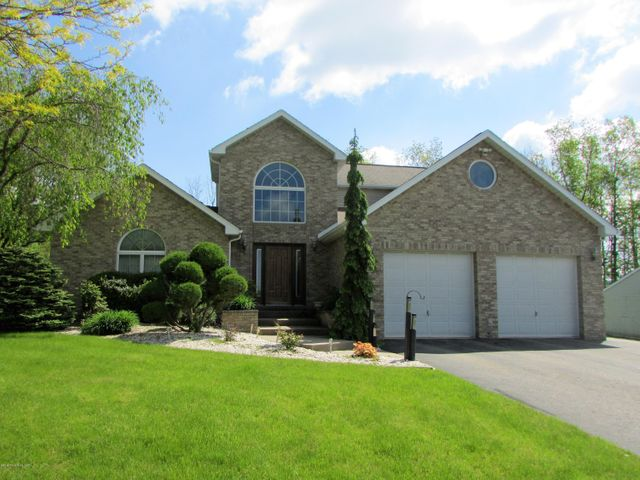 76 Kennedy Drive, Drums, PA 18222