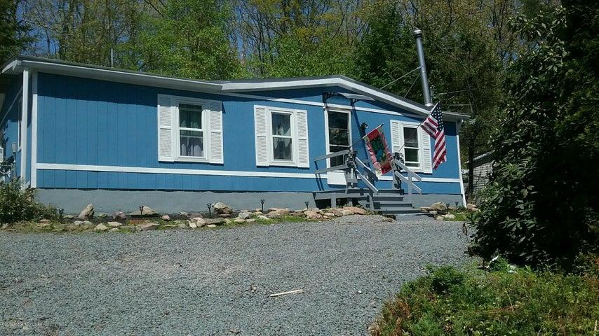 17 Gail Drive, White Haven, PA 18661