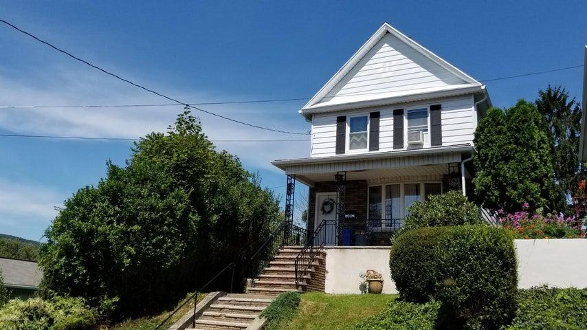 8 Chapel Street, Pittston, PA 18640