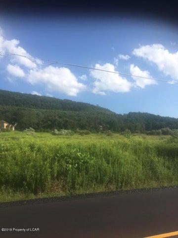 8 Mountain Road, Sugarloaf, PA 18249