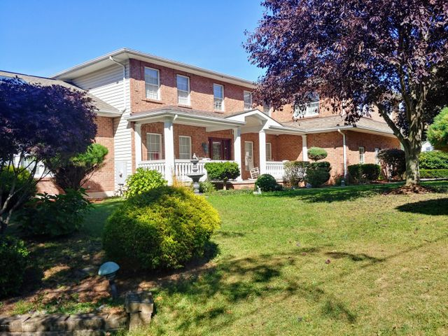 66 E Foothills Drive, Drums, PA 18222