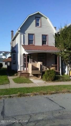 418 E Washington Street, Nanticoke, PA 18634-3530