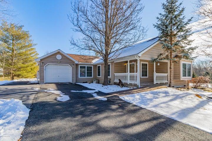 401 Pin Oak Drive, White Haven, PA 18255