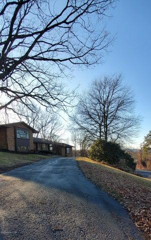 1 Fairfield Drive, Jenkins Township, PA 18702