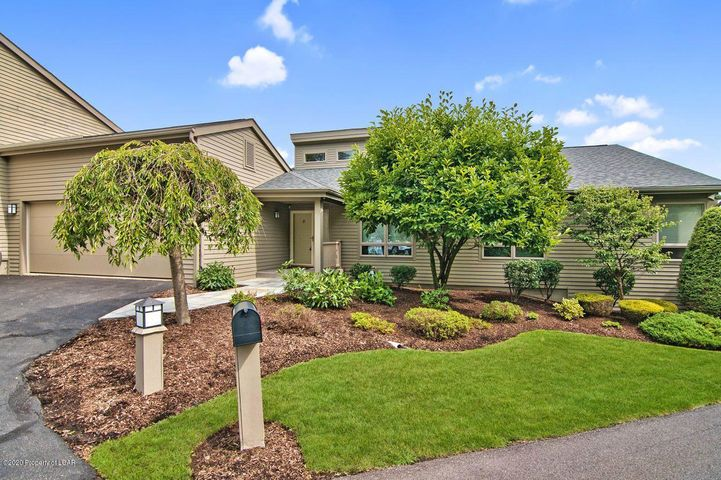 753 Greens, Dallas, PA 18612