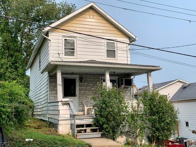 875 Charles Street, Luzerne, PA 18709
