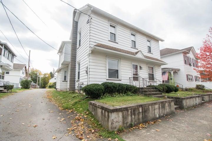 21 Washington Street, West Pittston, PA 18643