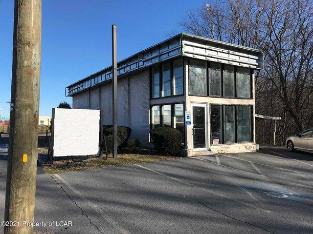 33 S Wyoming Avenue, Edwardsville, PA 18704