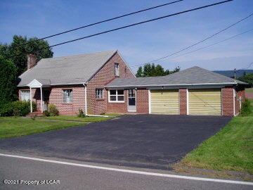 186 E County Road, Sugarloaf, PA 18249